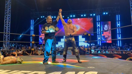 Kenny Omega defeats Fenix to become AAA Mega Champion